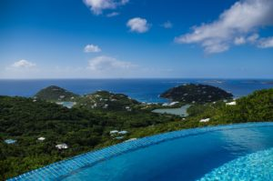 Beautiful clean Infinity pool | why choose a saltwater chlorination system?